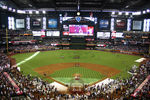 800px-chase_field_-_2011-07-11_-_interior_north_upper